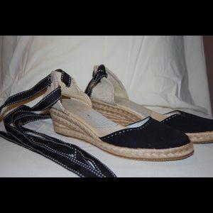 Women's Strapy Sandal (Espadrille)